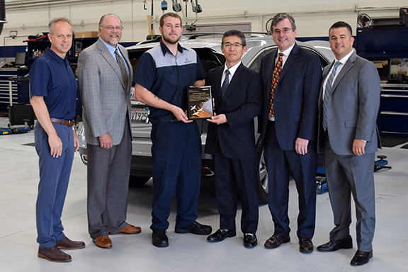 Niello Acura plaque presentation